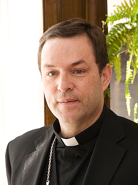 + Monseñor  Raúl Berzosa