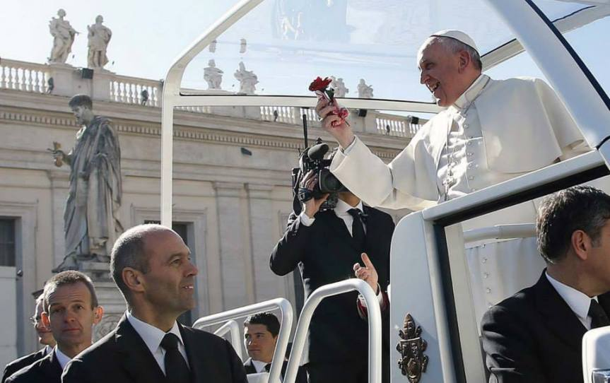 Diálogo del Papa Francisco con 20.000 novios de todo el mundo: La alegría del sí para siempre esposible
