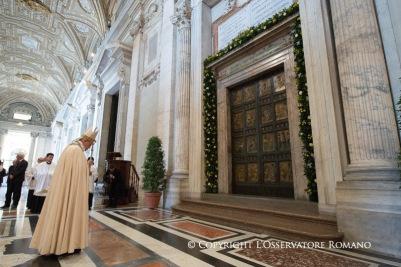 puerta-santa-francisco
