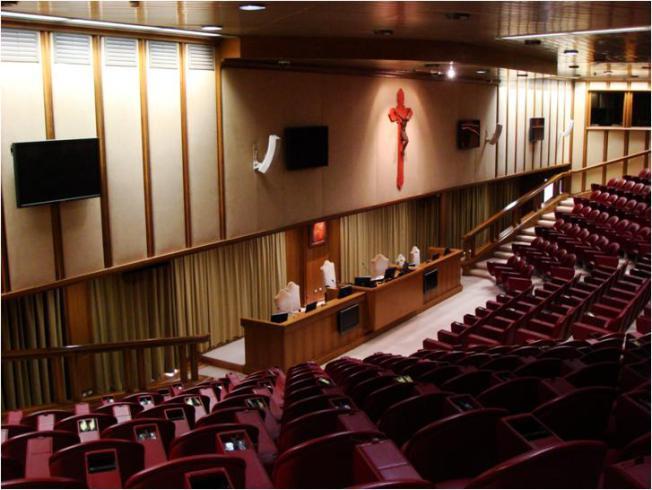 Presentación y calendario de trabajos de la XIV Asamblea General Ordinaria del Sínodo de losObispos