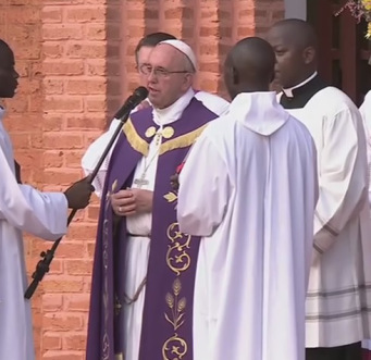 Palabras del Santo Padre Francisco al abrir la Puerta Santa de la Catedral deBangui