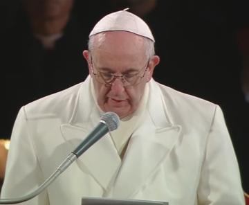 Oración del Papa Francisco al finalizar el rezo del VíaCrucis