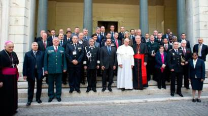 papafranciscocumbre2014_lor030616