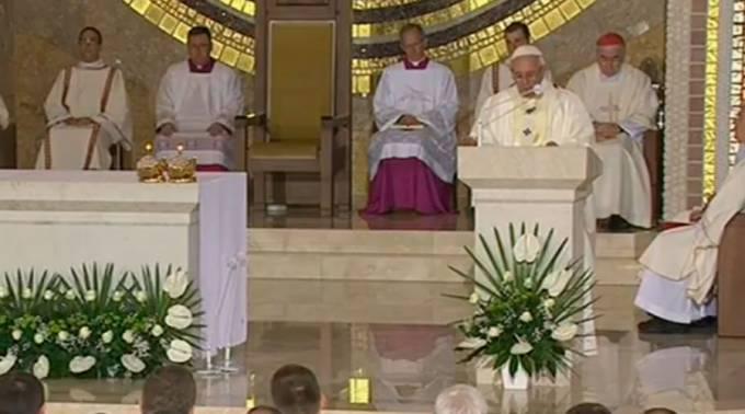 : Homilía del Papa Francisco en el Santuario de San Juan PabloII