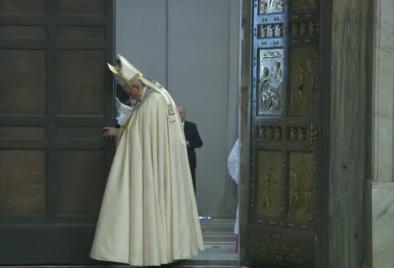Oración del Papa Francisco al cerrar la PuertaSanta