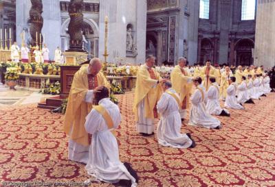Mensaje del Santo Padre para la 54 Jornada Mundial de Oración por lasVocaciones