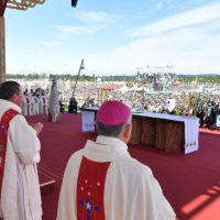 """Homilía de Francisco en el Aeródromo de Maquehue: """"Señor, haznos artesanos de unidad"""""""