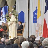 """Discurso del Papa en la Pontificia Universidad Católica de Chile: Conocimiento """"al servicio de la vida"""""""