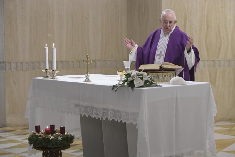 Homilía del Papa Francisco en Santa Marta 06.12.18: Construir la vida sobre la roca deDios