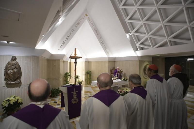 Homilía Papa Francisco en Santa Marta: Dejémonos consolar porDios