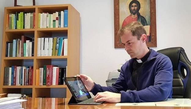 ¿Cómo han vivido los sacerdotes españoles el confinamiento? Un sondeo que ayuda a conocerlosmejor