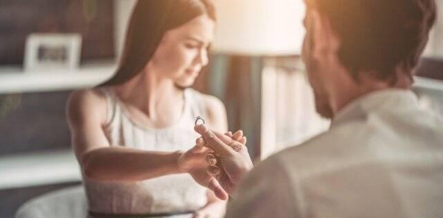 Pronto casarse será cosa sólo de ricos o de muy religiosos: ¿qué puede hacer laIglesia?