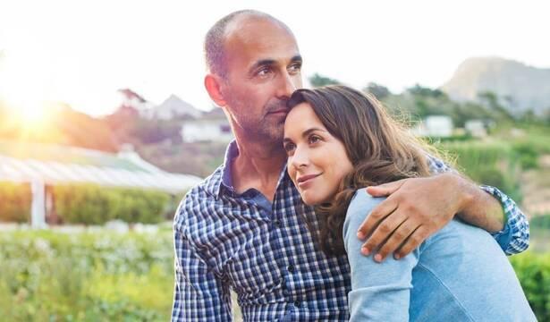 10 sencillas claves para que todo matrimonio, joven o mayor, creyente o no, sea «estable yfeliz»