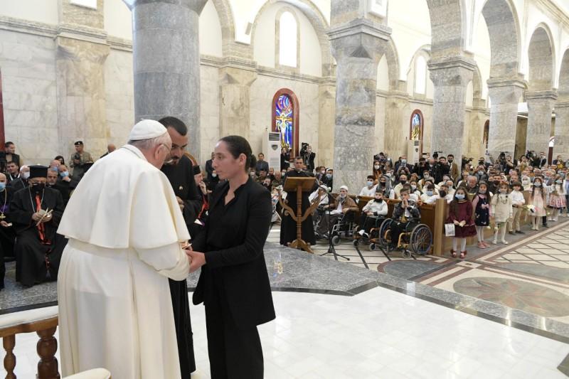 Visita del Santo Padre a la Comunidad deQaraqosh