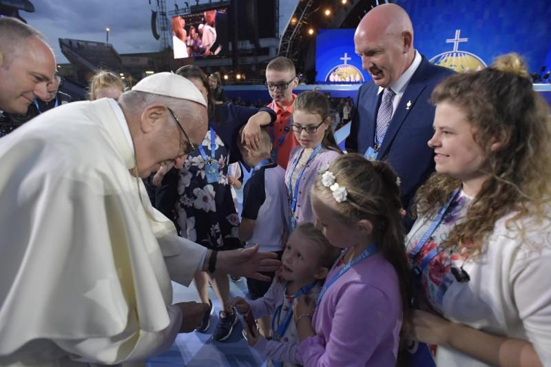 """Mensaje del Papa Francisco a los participantes en el encuentro online """"Nuestro Amorcotidiano"""""""